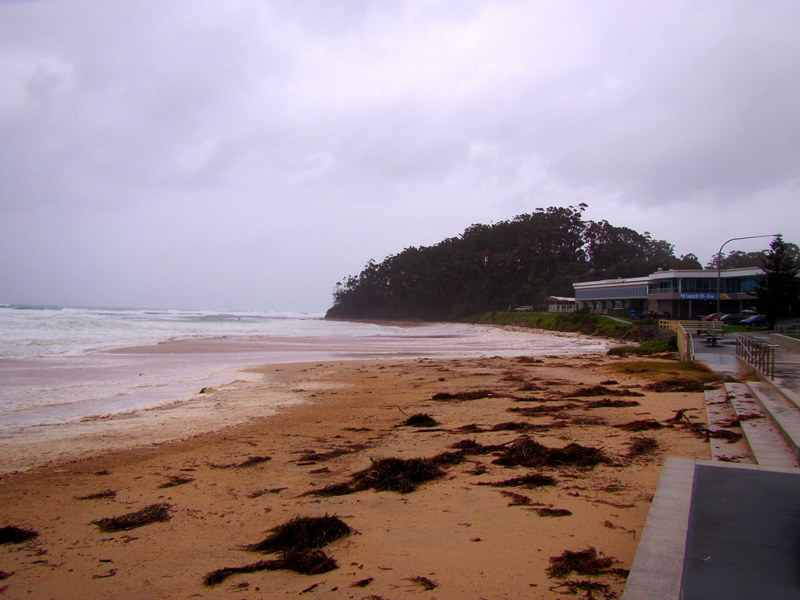 East Coast Low,mollymook beach,Mollymook surf club,Mollymook Bogey Hole,Mollymook Beach Hut Cafe,Blackwater creek