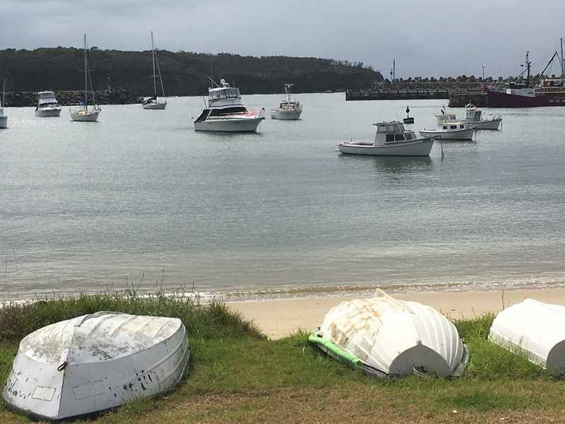 mollymook,milton,nsw,ulladulla,restaurants,cafes,kidgeeridge music,mollymook ocean swim