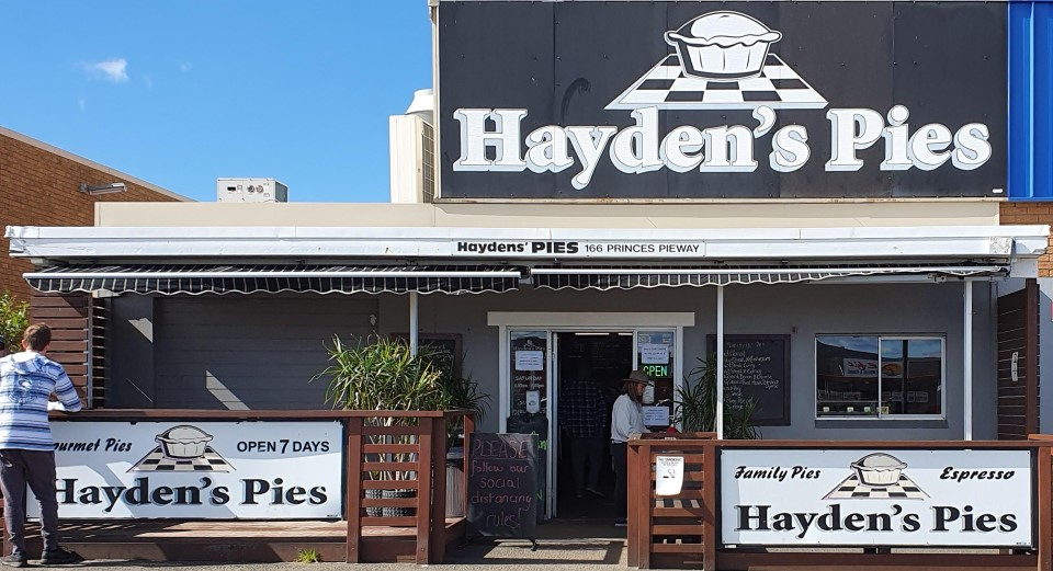 eating at home,holiday accommodation,mollymook news,mollymook beach waterfront,destination mollymook milton ulladulla,Haydens pies