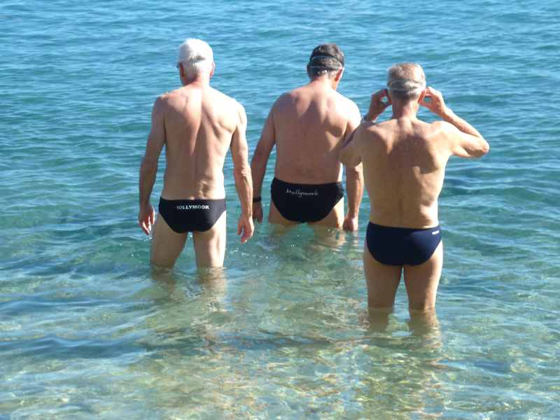 mollymook beach,mollymook,swimmers,ocean,seniors