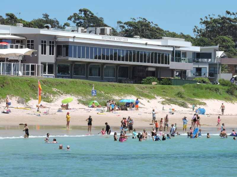 mollymook,Mollymook beach,Bannisters Pavilion,Mollycoddle,Qantas magazine,Australia Gold List Properties,Kidgeeridge,mollymook news