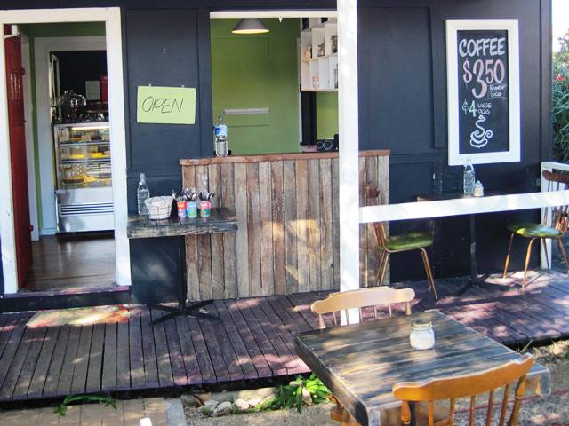 The Tree House Cafe,Ulladulla,cafe,Tree House Cafe,tree house,eating out