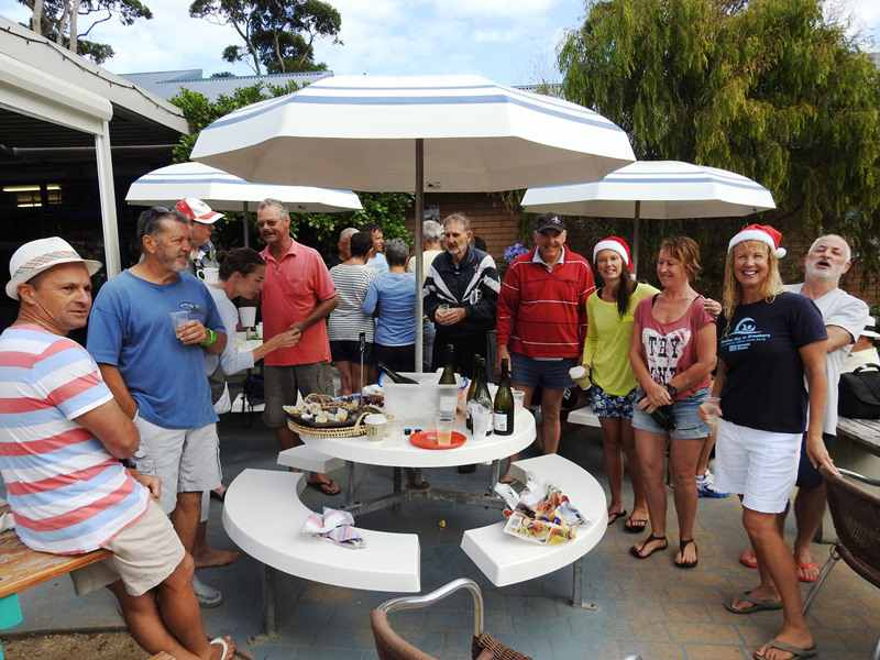 mollymook,Mollymook beach,mollymook surf club,mollymook news,swimmers,christmas,boxing day