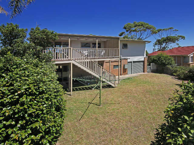 Coast House at Mollymook,holiday home,Mollymook accommodation,Mollymook,accommodation,holiday rental