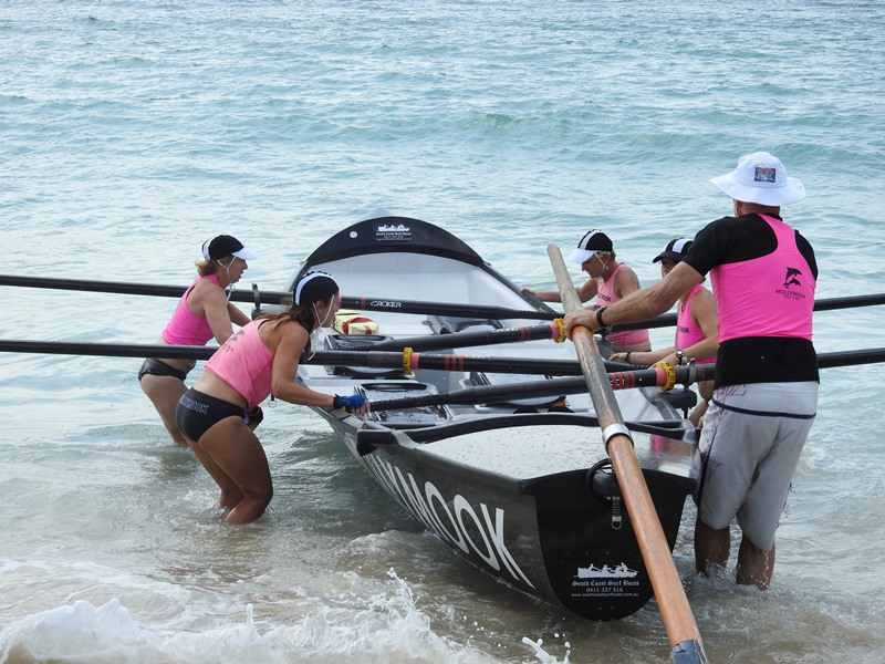 Navy surf boats,Mollymook surf boat,mollymook,Mollymook beach,swimmers