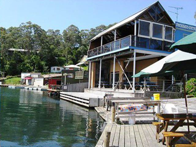 Ulladulla accommodation,accommodation Milton,Narooma,Tuross Heads,accommodation,Montague Island,Pickled Octopus,