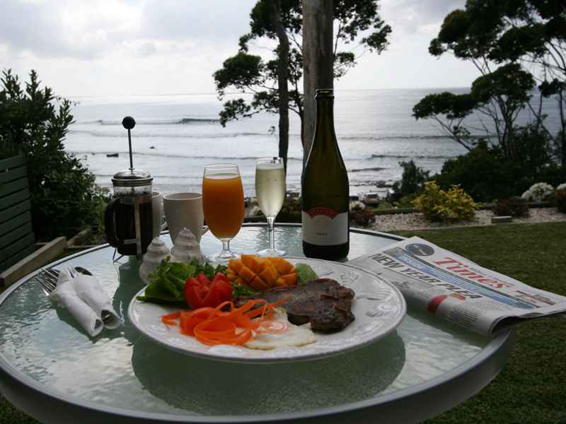 accommodation mollymook beach,mollymook beach accommodation,accommodation mollymook,accommodation in mollymook,luxury accommodation
